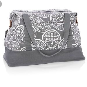 NWT Thirty-One retro metro weekender